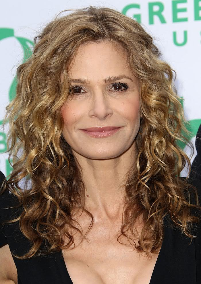 SANTA MONICA, CA - JUNE 04: Actress Kyra Sedgwick attends Global Green USA's 15th Annual Millennium Awards at the Fairmont Miramar Hotel and Bungalows on June 4, 2011 in Santa Monica, California. (Photo by Frederick M. Brown/Getty Images)