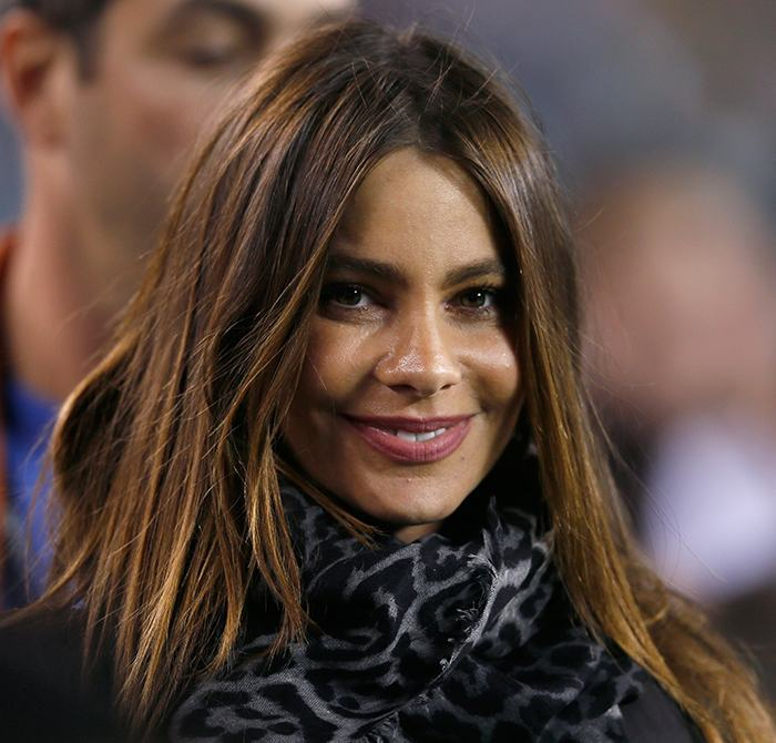 PHILADELPHIA, PA - SEPTEMBER 30:  Actress Sofia Vergara watches members of the Philadelphia Eagles and New York Giants warm up before the start of their game at Lincoln Financial Field on September 30, 2012 in Philadelphia, Pennsylvania.  (Photo by Rob Carr/Getty Images)