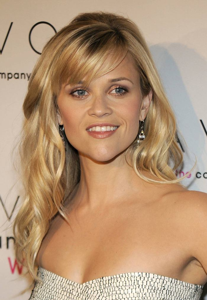 "NEW YORK - OCTOBER 27: Reese Witherspoon attends the Avon Foundation's ""Champions Who Change Women's Lives"" celebration at Cipriani 42nd Street on October 27, 2009 in New York City. (Photo by Larry Busacca/Getty Images)"