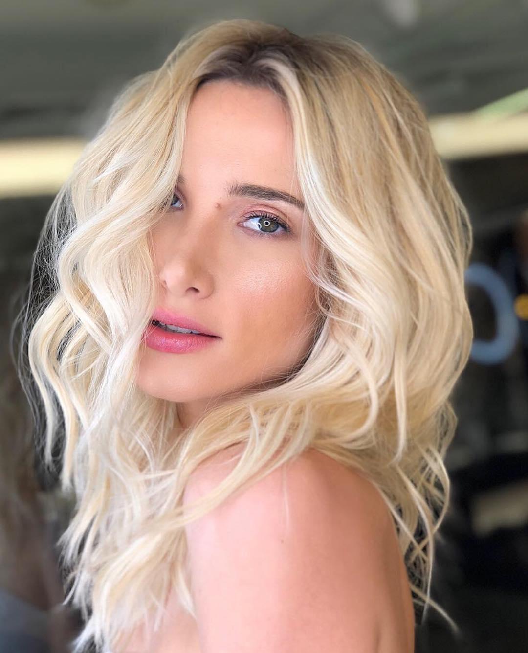 Como cuidar de cabelos loiros 2020
