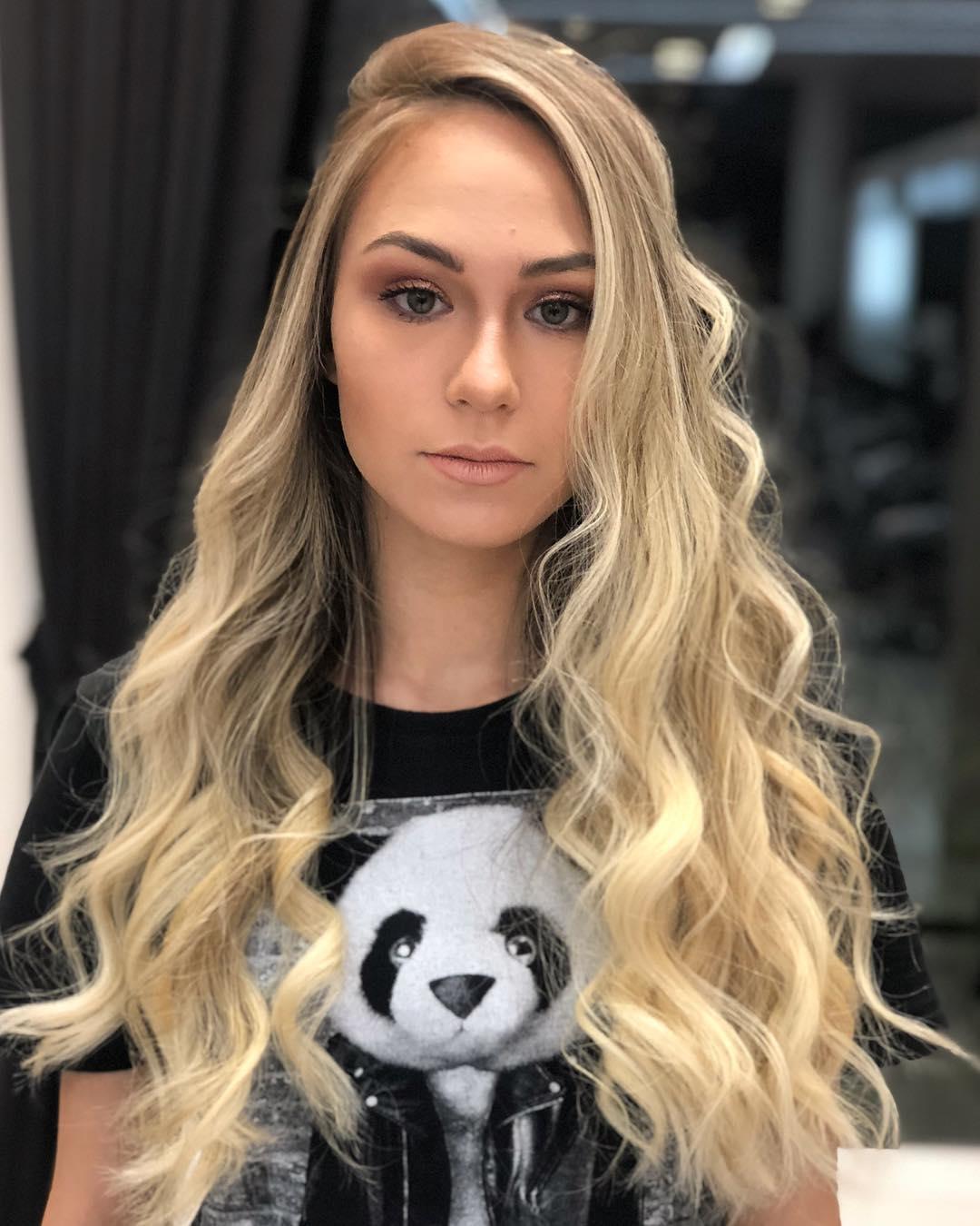 Como cuidar de cabelos loiros?