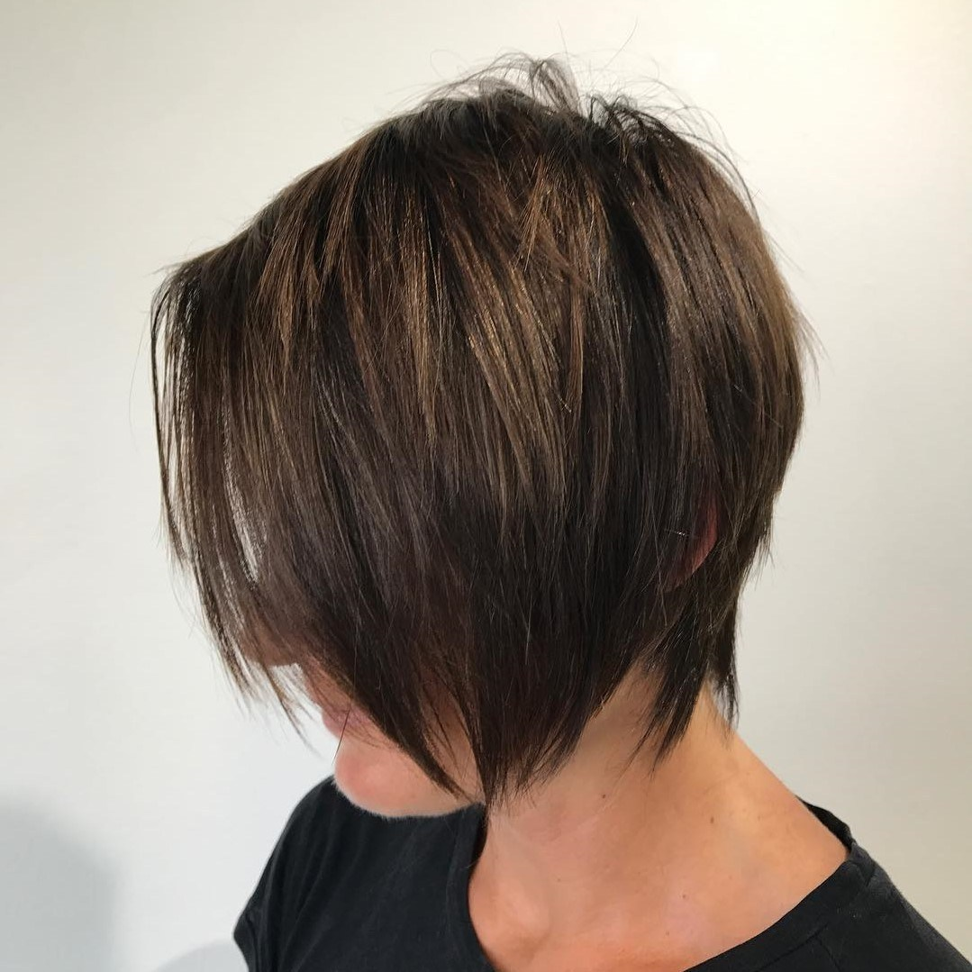 Corte Long Pixie Cut platinado